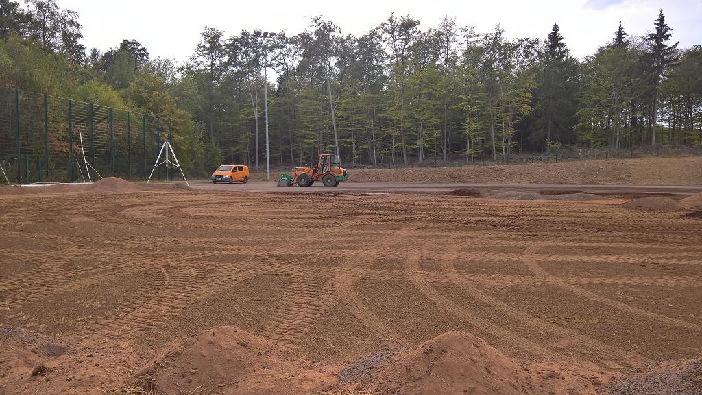 Bau Kunstrasenplatz